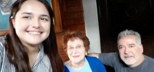 Tiene 95 años y esta mañana se acercó a cumplir con su deber de ciudadana en Posadas
