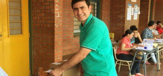"""Elecciones 2019: Fabio Martínez votó y dijo estar """"ansioso por conocer la voluntad de los eldoradenses"""""""