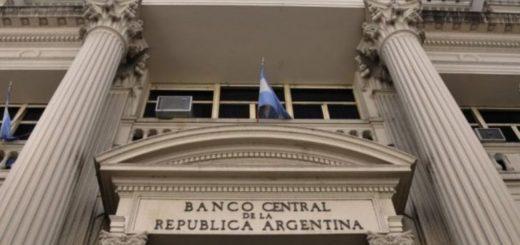 Desde el Banco Central descartan declarar feriado cambiario este lunes después de las elecciones