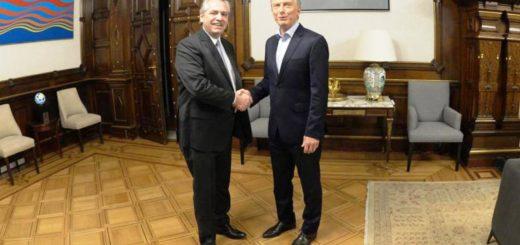 """Alberto Fernández se reunió con Mauricio Macri en la Casa Rosada en el inicio de """"la transición"""""""