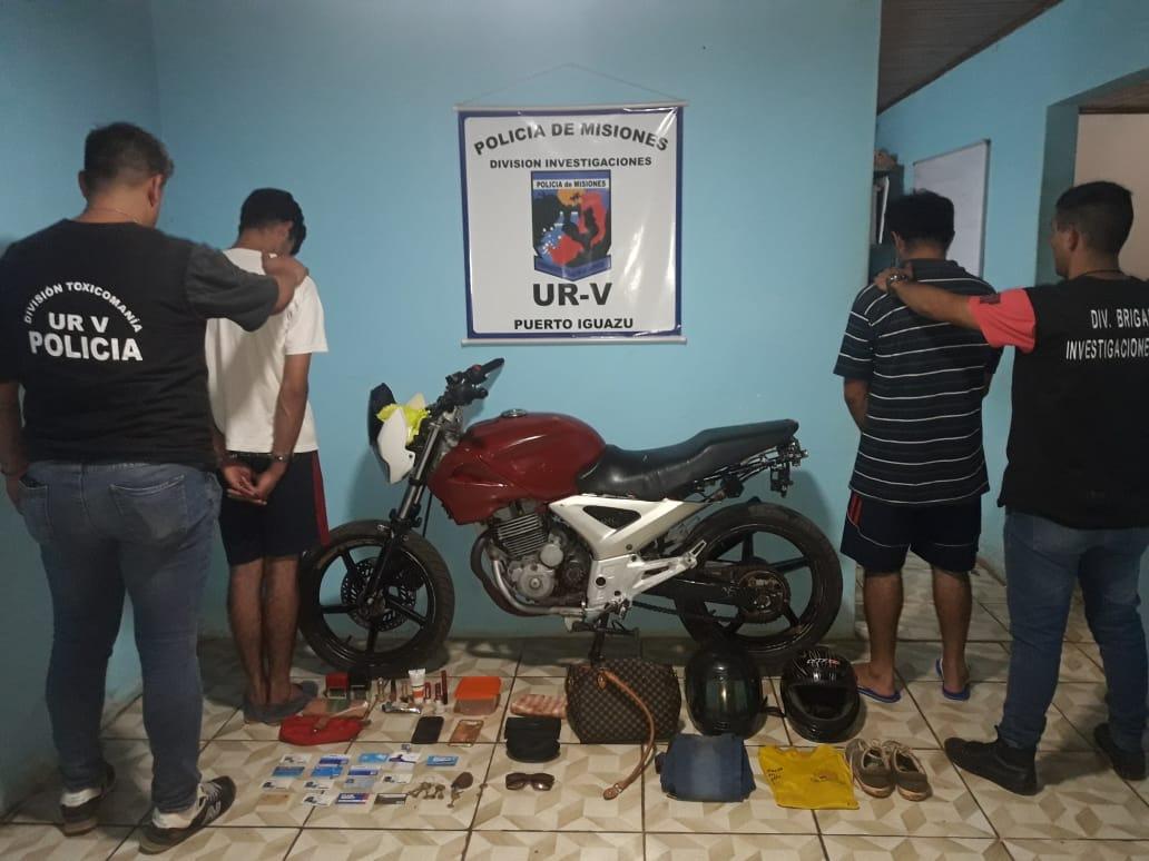 Iguazú: atraparon a padre e hijo involucrados en al menos seis hechos de robo, modalidad «motochorros»
