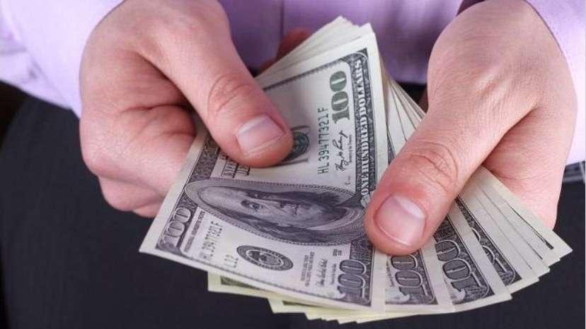 Haene afirmó que el cepo cambiario no limita las compras en dólares con débito y crédito en el exterior