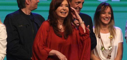 Le dictaron la falta de mérito en dos causas a Cristina Kirchner y confirmaron su procesamiento en otra