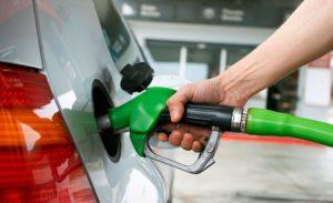 Mañana aumentará 5% el precio de los combustibles