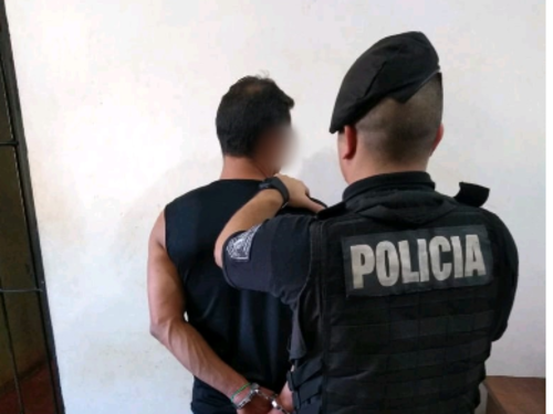 Jardín América: violó una orden de restricción contra su expareja y quedó detenido