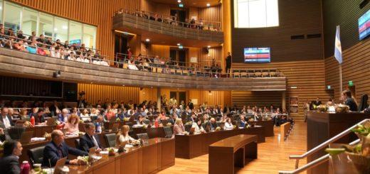 Misiones nuevamente es vanguardia nacional al ser la primera provincia del país en tener aprobados sus presupuestos para el 2020