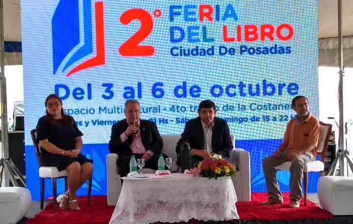 """Losada en la inauguración de la Feria del Libro de Posadas: """"Este es un legado que deja nuestra gestión"""""""