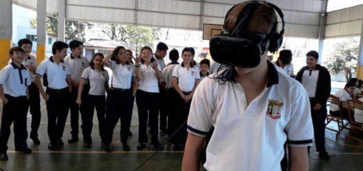Estudiantes del Instituto Politécnico San Arnoldo Janssen recibieron la visita del Embajador Legislativo Misionero