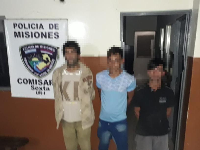 Tras un allanamiento en la chacra 84, policías detuvieron a tres hombres involucrados en varios ilícitos en Posadas