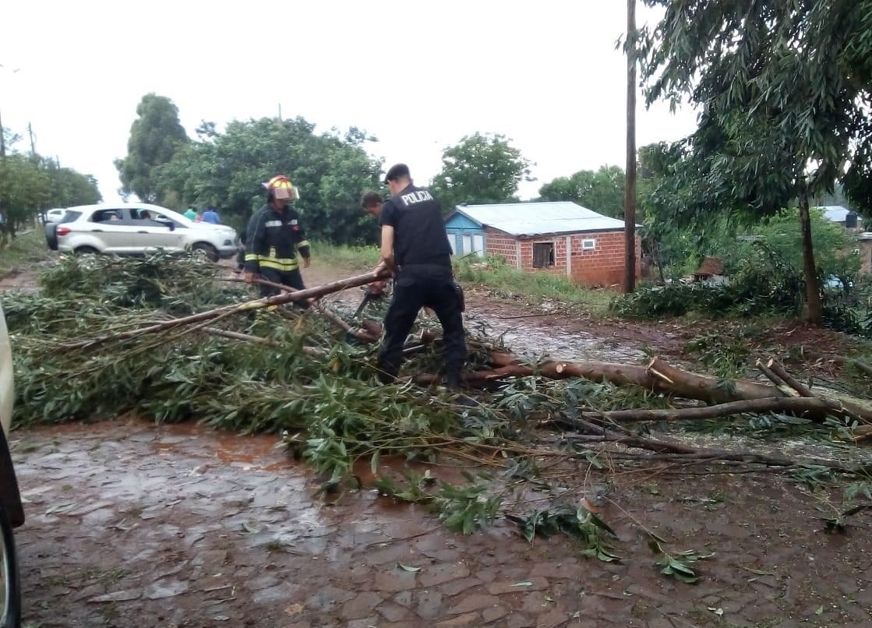 Temporal en San Vicente causó voladuras de techo y corte de luz