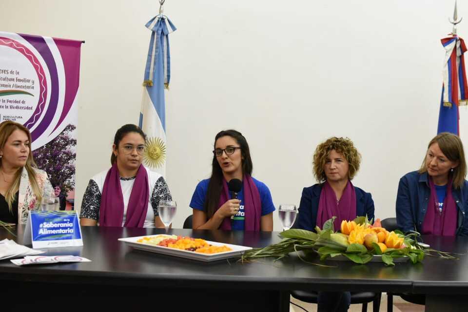 Lanzaron actividades en conmemoración al Día Internacional de las Mujeres Rurales y al Día de la Alimentación Saludable