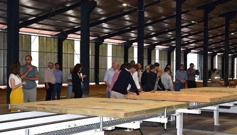 La APICOFOM fue la sede para la presentación del Manual de Construcción con Madera, digital y disponible en forma gratuita