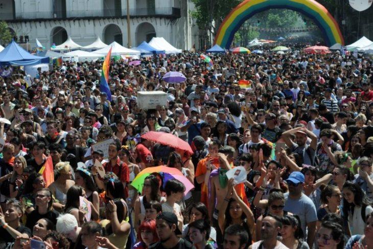 Casi 500 mil personas participaron de una nueva Marcha del Orgullo: «Mi amor no hace daño ¡Tu odio lastima!»