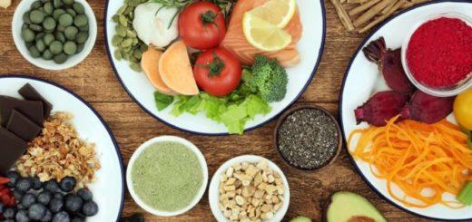 Bajar de peso: ¿es más importante el tipo de alimento o las calorías que consumimos?