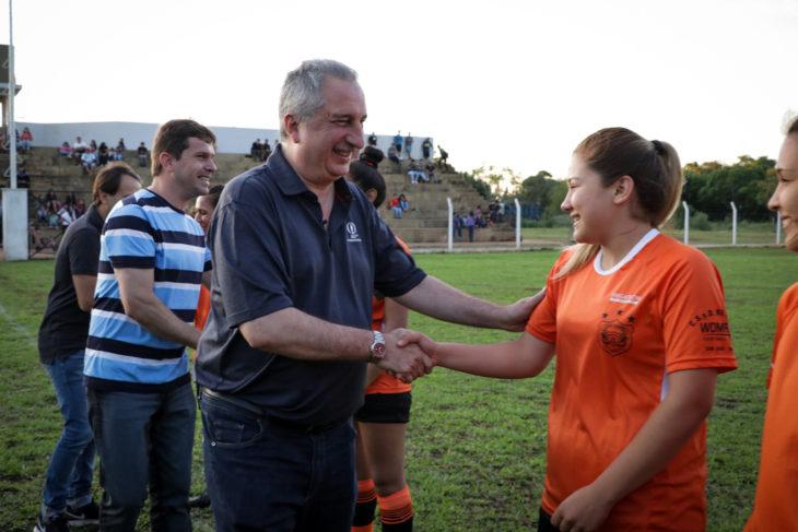 En San José, Passalacqua encabezó la inauguración de la cancha de fútbol y tribunas «Pedro Obdulio Santa Clara»