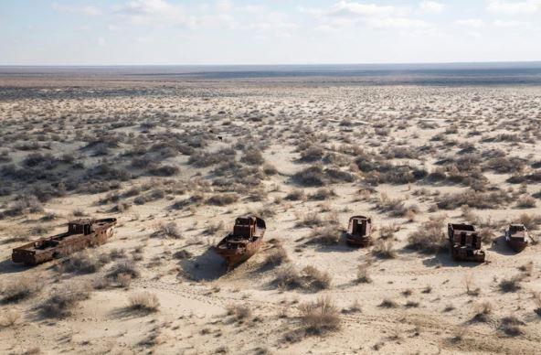 Seis países y sus 60 millones de habitantes dependen de un mar que está a punto de convertirse en un desierto fantasma