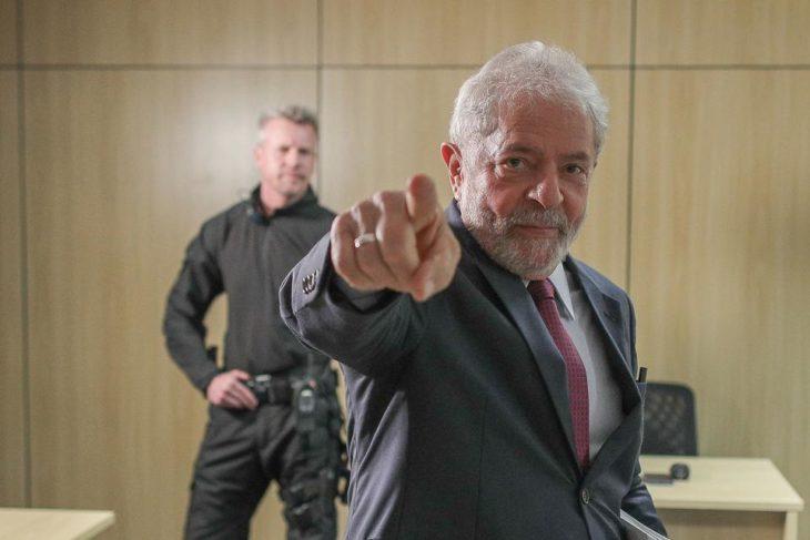 Lula  Da Silva se prepara para recorrer Brasil y reorganizar la oposición a Bolsonaro