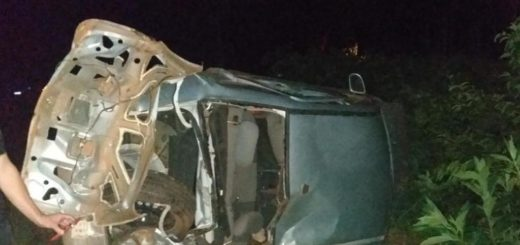 Automovilista falleció al volcar en Ruta Costera 2 en Alba Posse