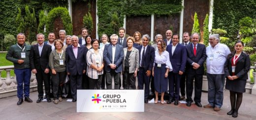 """Alberto Fernández con el Grupo de Puebla: """"Vivir en un continente más igualitario no es una utopía"""""""