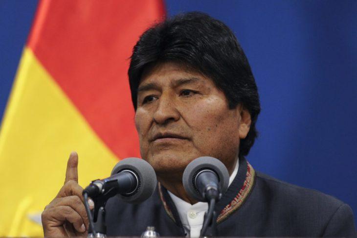 Crisis en Bolivia: Evo Morales renunció a la presidencia de su país y denunció un golpe de Estado