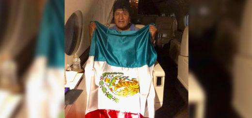 """Evo abandonó Bolivia rumbo a México: """"Pronto volveré con más fuerza y energía"""""""