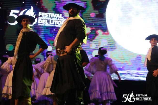 Así comienza a brillar la segunda luna del Festival Nacional de la Música del Litoral