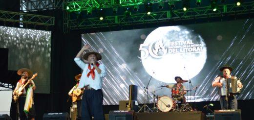 Así comenzó a brillar la segunda luna del Festival Nacional de la Música del Litoral
