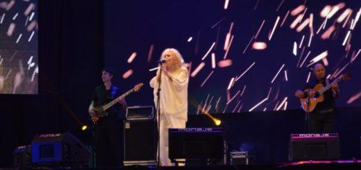 María Ofelia estremeció a una multitud con ritmos regionales en la Edición de Oro del Festival Nacional de la Música del Litoral