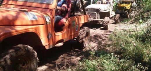 La trilla del 4to Encuentro de jeep en Eldorado se desarrolló con unos 70 vehículos