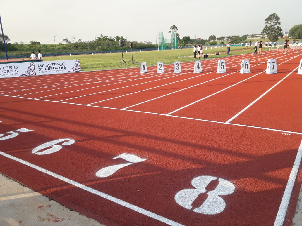 Un sueño hecho realidad: se inauguró la pista atlética Eric Barney, el nuevo orgullo del deporte misionero