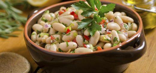 Las legumbres, una opción saludable todo el año: ¿cómo consumirlas en días de calor?
