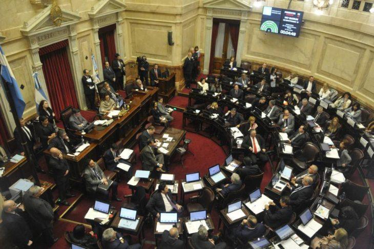 Juraron los nuevos senadores y se aceptó la licencia de Alperovich, denunciado por abuso sexual