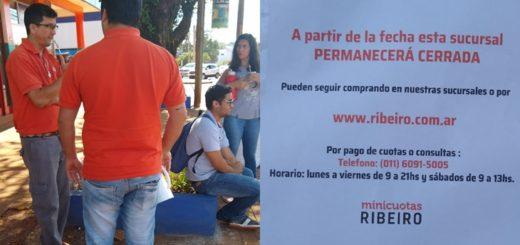 Eldorado: empleados de Ribeiro fueron a trabajar y se encontraron con un cartel que anuncia el cierre de la sucursal
