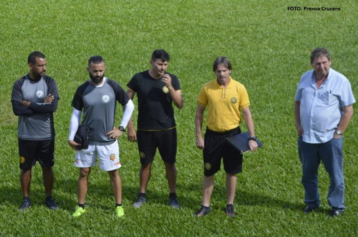 Fútbol: con técnico nuevo, Crucero se mide el domingo ante Sportivo las Parejas