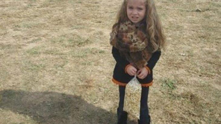 Ilusión óptica: ¿Cómo son las piernas de esta niña?