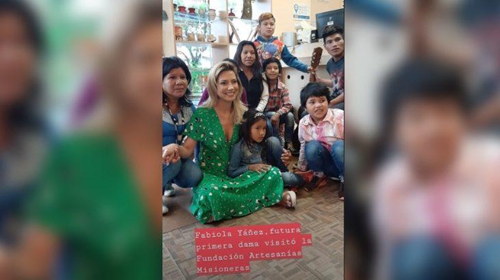 La futura primera dama, Fabiola Yañez, visitó la Fundación de Artesanías Misioneras