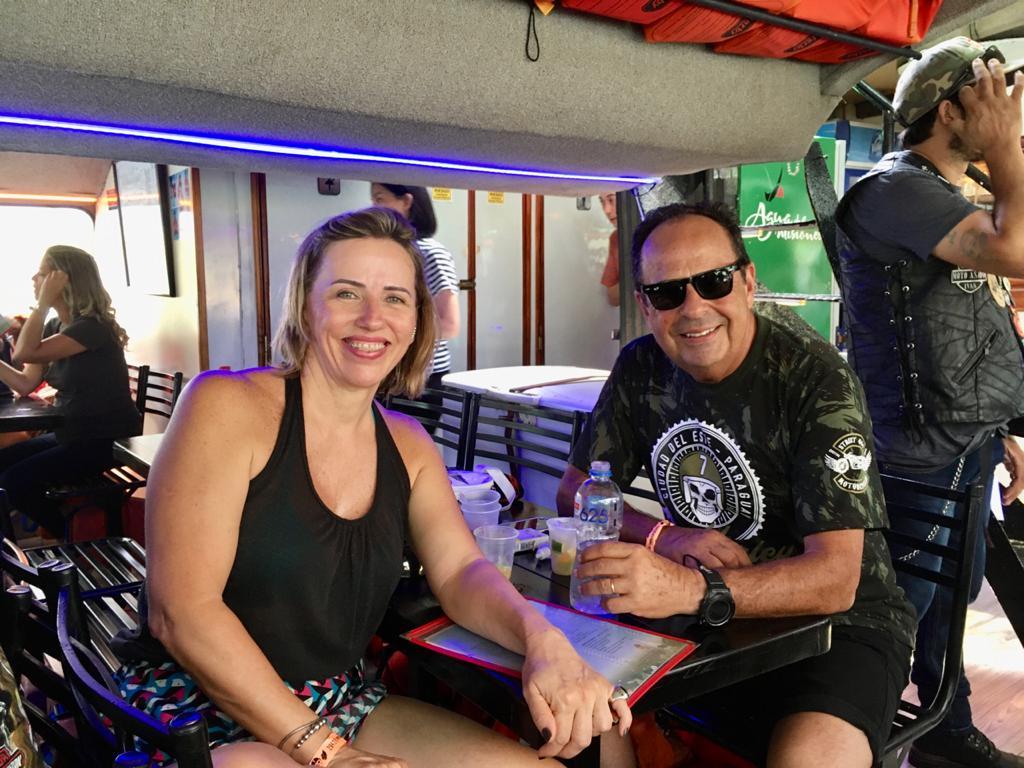 Más de 200 motoqueros de Harley Davidson realizaron la travesía trinacional a bordo del Catamarán de Iguazú