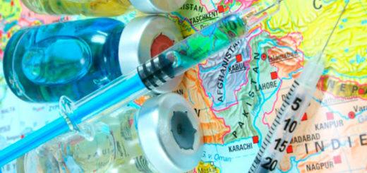 Viajes de verano: recomiendan no arriesgarse con los alimentos que se consumen y tener al día el calendario de vacunas