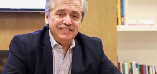 Alberto Fernández oficializará su Gabinete a las 18