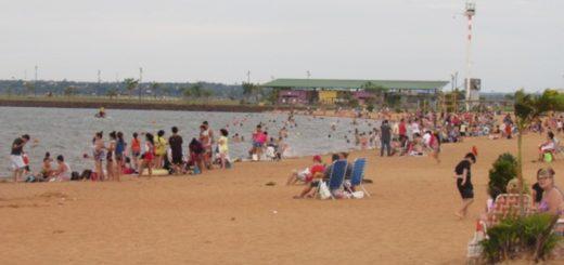 Se realizan trabajos de mantenimiento y ensanchamiento de las playas de Posadas