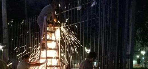 Larreta cumplió la promesa que le hizo a Alberto Fernández y sacó las rejas de Plaza de Mayo
