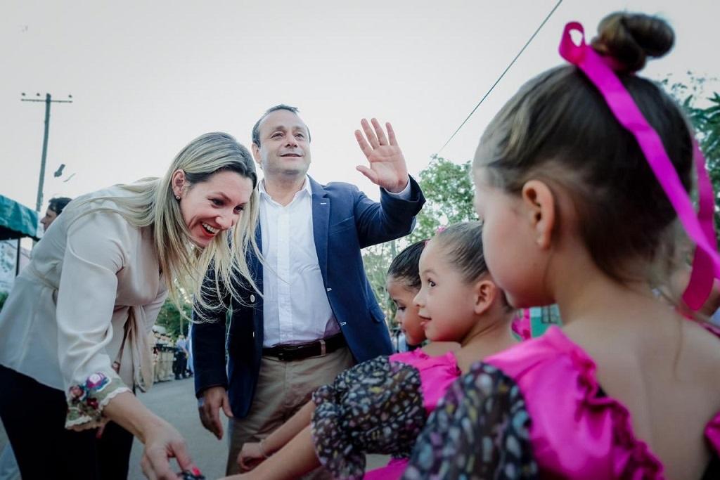 """Oscar Herrera Ahuad asume el gobierno de Misiones y pone en funciones un gabinete """"misionerista"""" , con refresh y continuidad de algunos ministros"""
