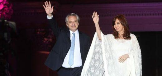 """Alberto y Cristina cerraron los festejos en Plaza de Mayo: """"Dijeron que no volvíamos más y volvimos"""""""