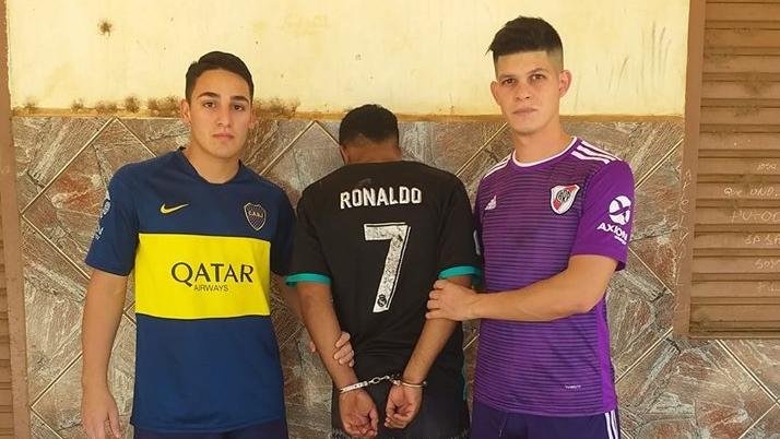 Misiones: equipados de River y de Boca, policías que iban a jugar al fútbol largaron todo y atraparon a un ladrón