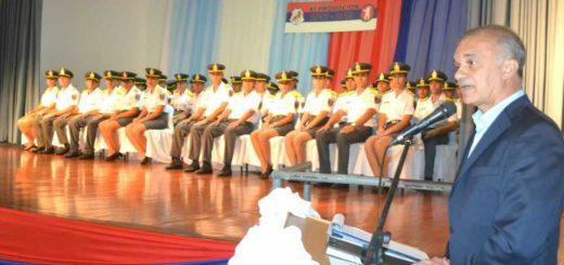Carlos Arce presidió el acto de egreso de los nuevos oficiales del SPP