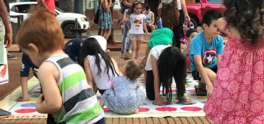 Posadas Mágica: los niños disfrutaron de diferentes actividades organizadas por el Parque del Conocimiento en la Plaza 9 de Julio