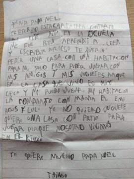"""La emotiva carta de un nene a Papá Noel y un pedido muy especial: """"No quiero juguetes, quiero una casa"""""""
