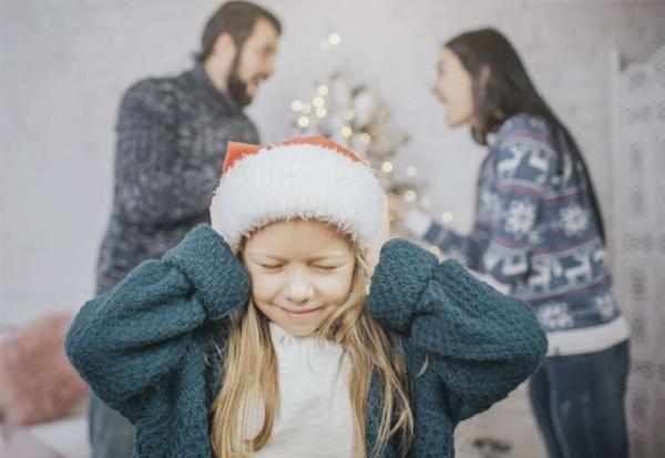 Navidad y divorcio: cómo afecta a los hijos el tener que elegir con quién pasar