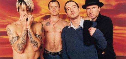 Red Hot Chili Peppers anunció el regreso de uno de sus históricos guitarristas