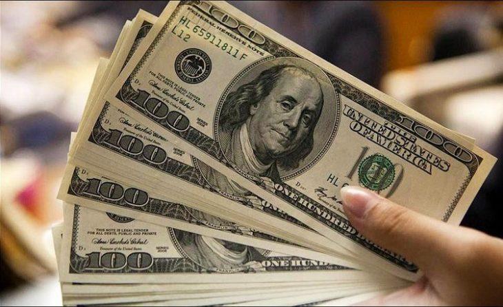 Dólar «turista»: cuándo rige, cuánto cuesta y quién lo paga
